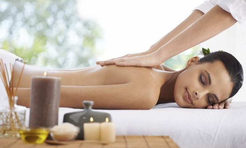 Female to Male Massage Parlour in Thane West