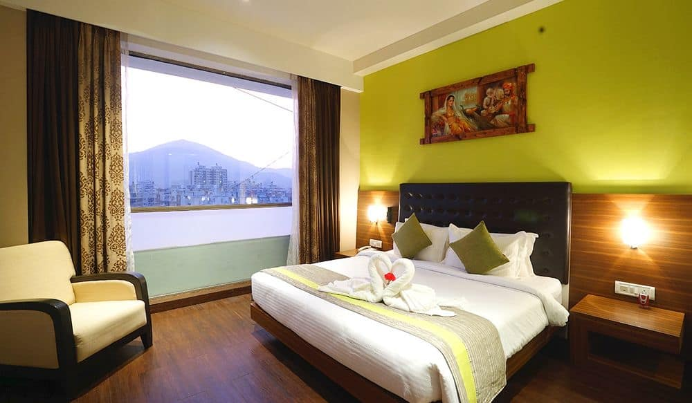 Hotel Booking In Thane