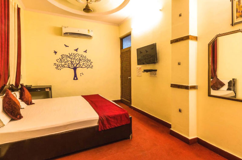 Best Hotel in Pitampura