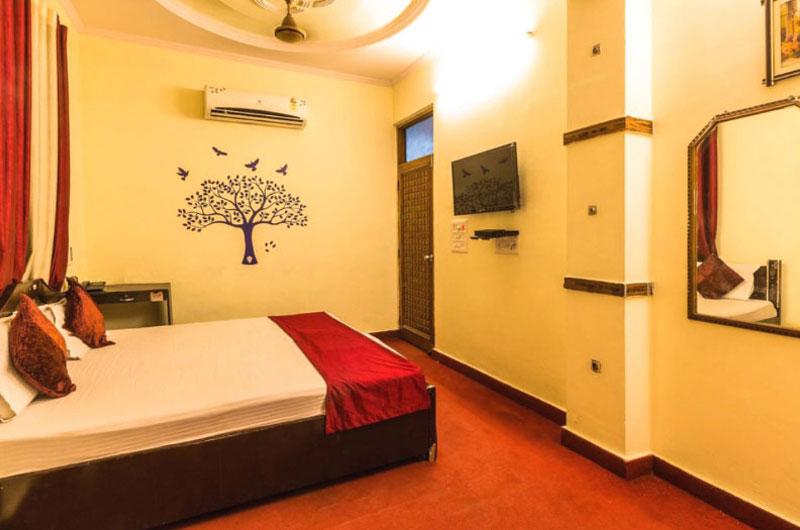 Best Hotel in Pitampura